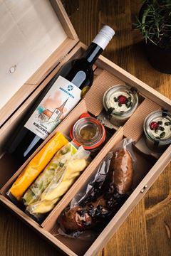 Bild von Treberwurst & Wein Box